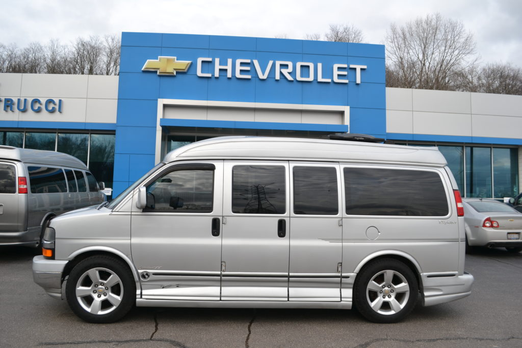 2004 Chevrolet Express Explorer Limited X-SE Conversion Van land Mike Castrucci Chevrolet Silver 41218977