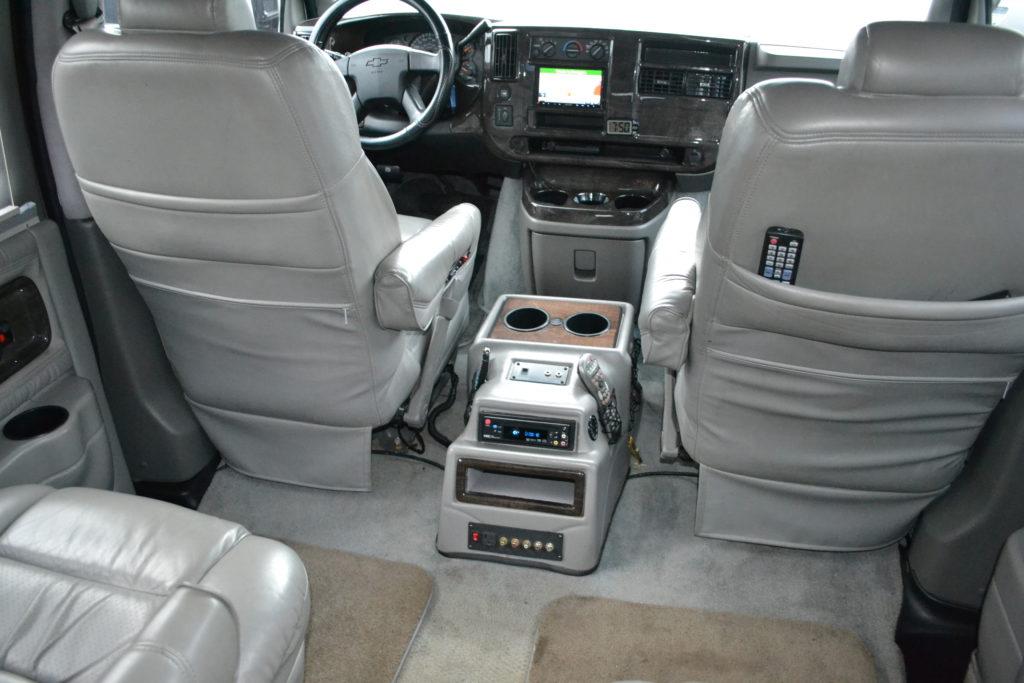 2004 Chevrolet Express Explorer Limited X SE Conversion Van Land Mike Castrucci Silver 41218977