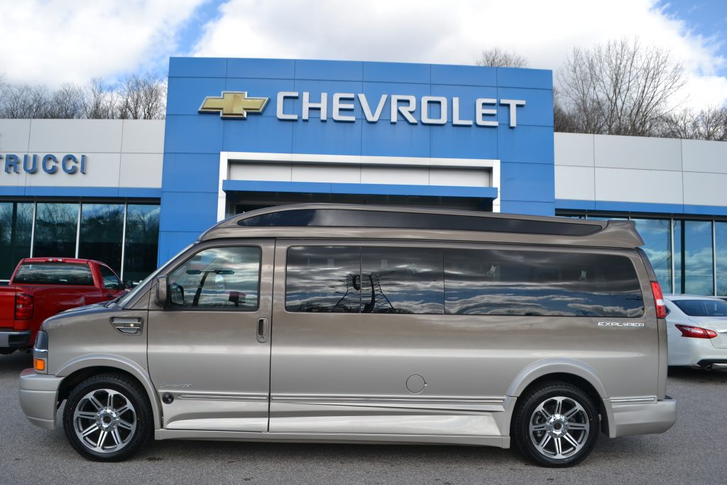 2017 Brownstone Fade 9 Passenger Explorer Limited X-SE Vista Cruiser Hi-top Mike Castrucci Chevrolet Conversion Van Land