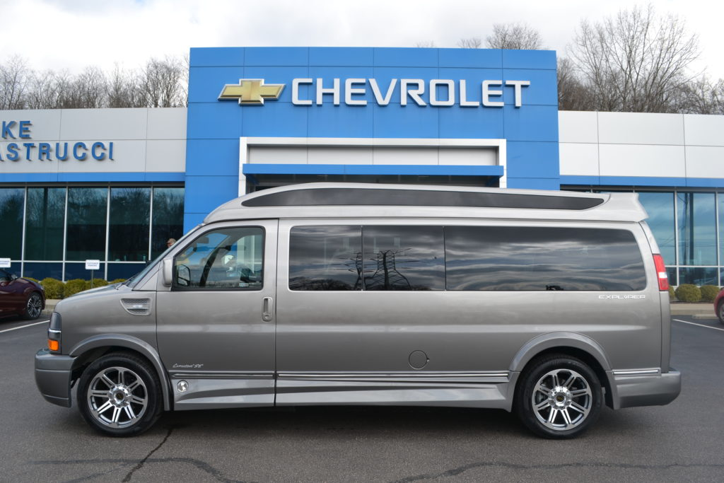 2018 Chevrolet Express Extended 9 Passenger Explorer Limited X-SE Explorer Conversion Van Land Mike Castrucci Chevrolet J11811441 Silver Birch Fade
