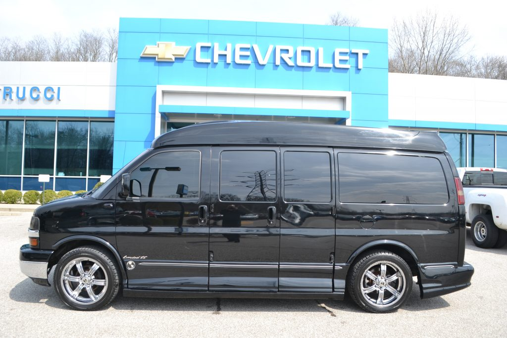 2007 Chevrolet Express Explorer Limited X-SE Black Hi top Conversion Van Land