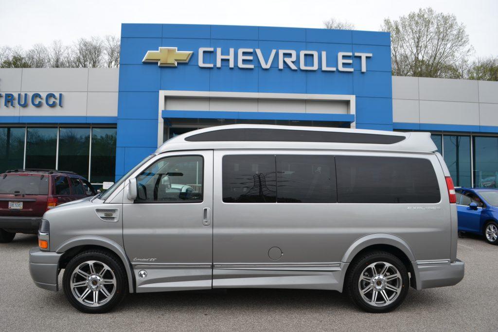 2017 Chevrolet Express Explorer Limited X-SE Silver Ice Metallic Fade Vista Cruiser Sport Roof Conversion Van Land