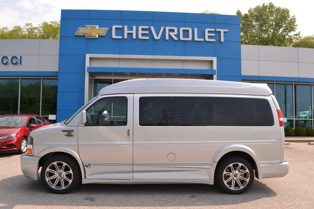 2017 Chevrolet Express Silver Ice Metallic Explorer Limited X-SE VC Conversion Van Land Mike Castrucci Chevrolet