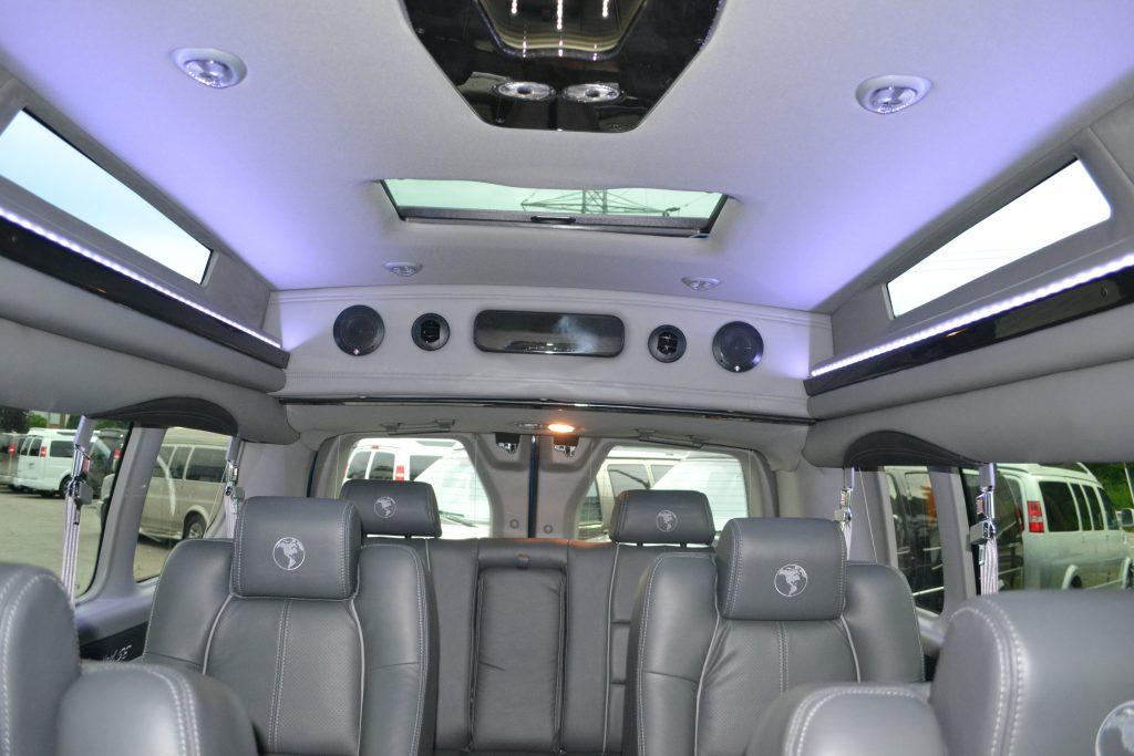 2016 Ford Transit 9 Passenger Explorer Limited Se Vc