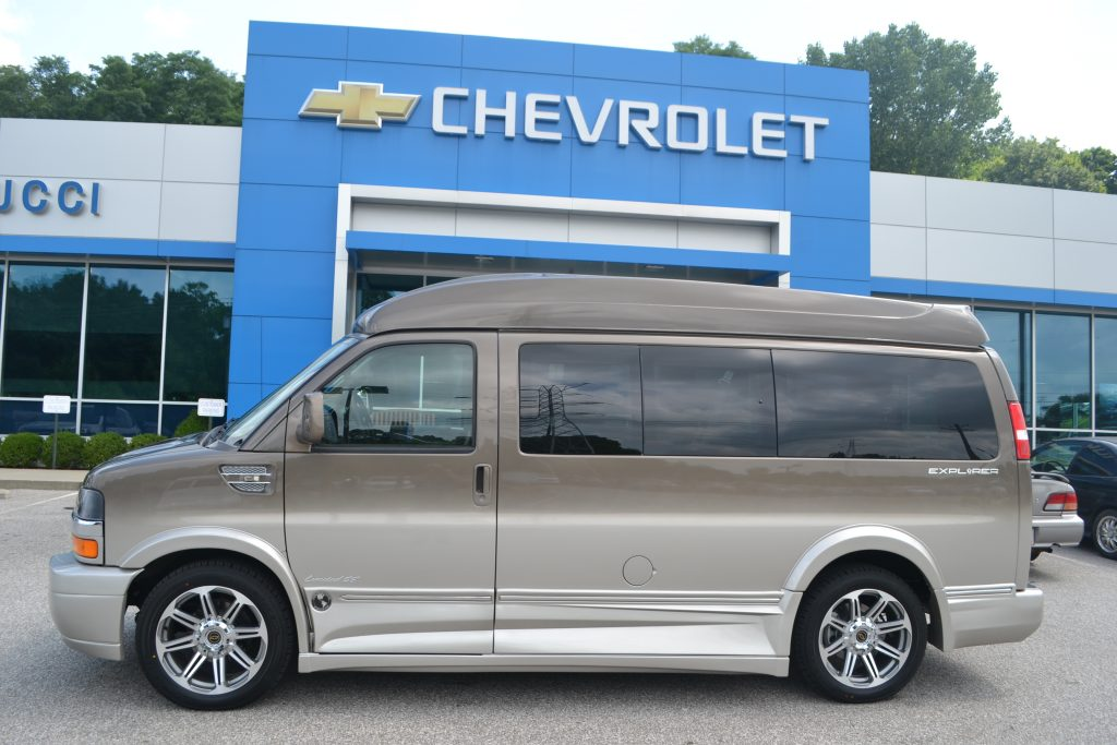 2016 Chevrolet Express 2500 Explorer Limited X-SE VC Conversion Van Brownstone Metallic Fade