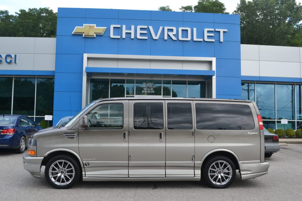 2011 GMC Savana Explorer Limited X-SE Low top Bronze Fade