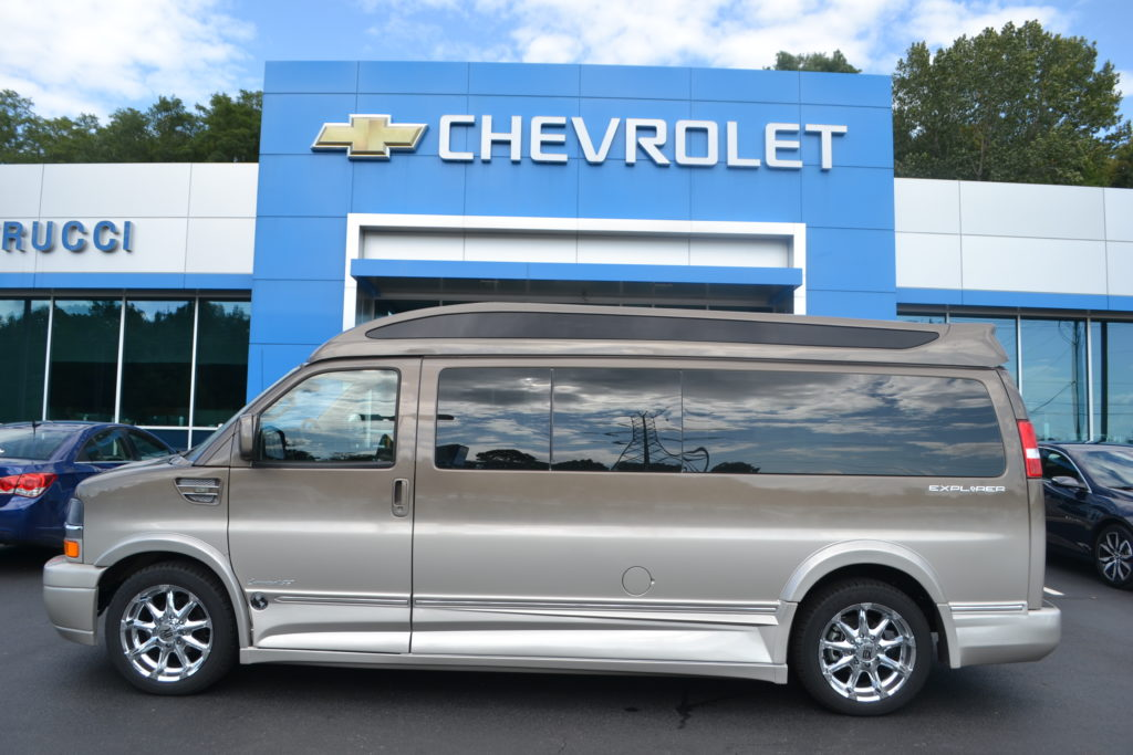 2017 Explorer 9 Passenger limited X-SE Brownstone Metallic Fade H1117554 Mike Castrucci Chevrolet Conversion Van Land