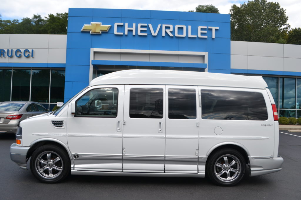 2010 Chevrolet Express Explorer Limited X-SE Mike Castrucci Chevrolet Conversion Van Land A1171174 White