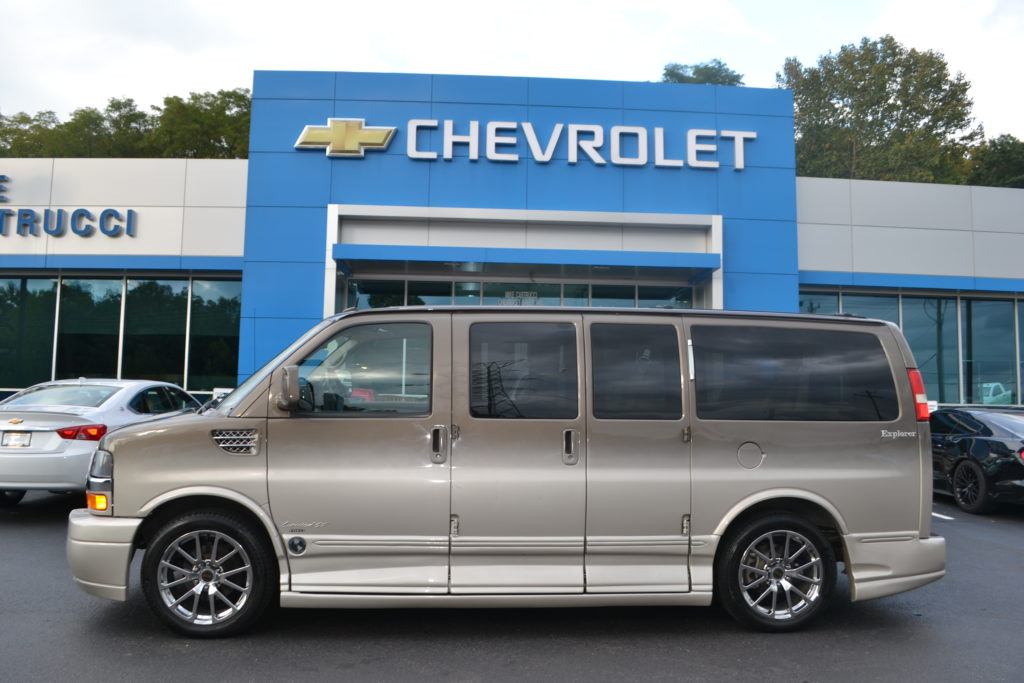 2014 AWD Chevrolet Express Explorer Limited X-SE Bronzemist Metallic Mike Castrucci Chevrolet Conversion Van Land E1128932