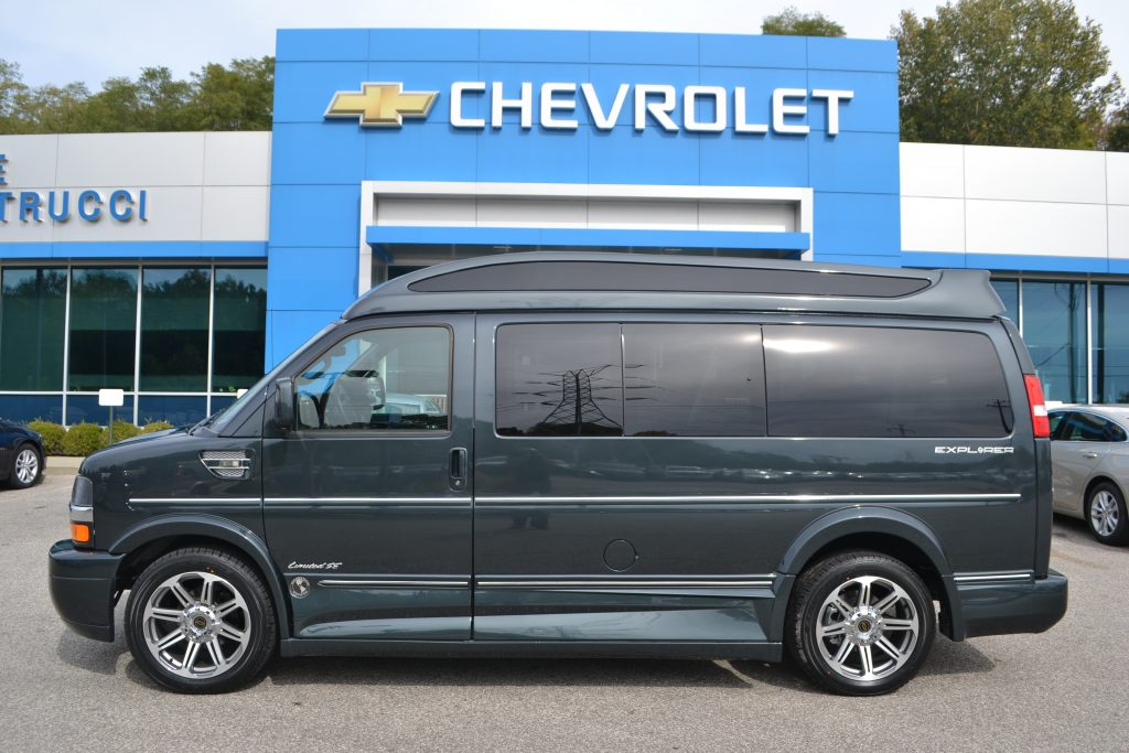 2017 Chevrolet Express, Explorer Limited X-SE Graphite Metallic Conversion Van Land