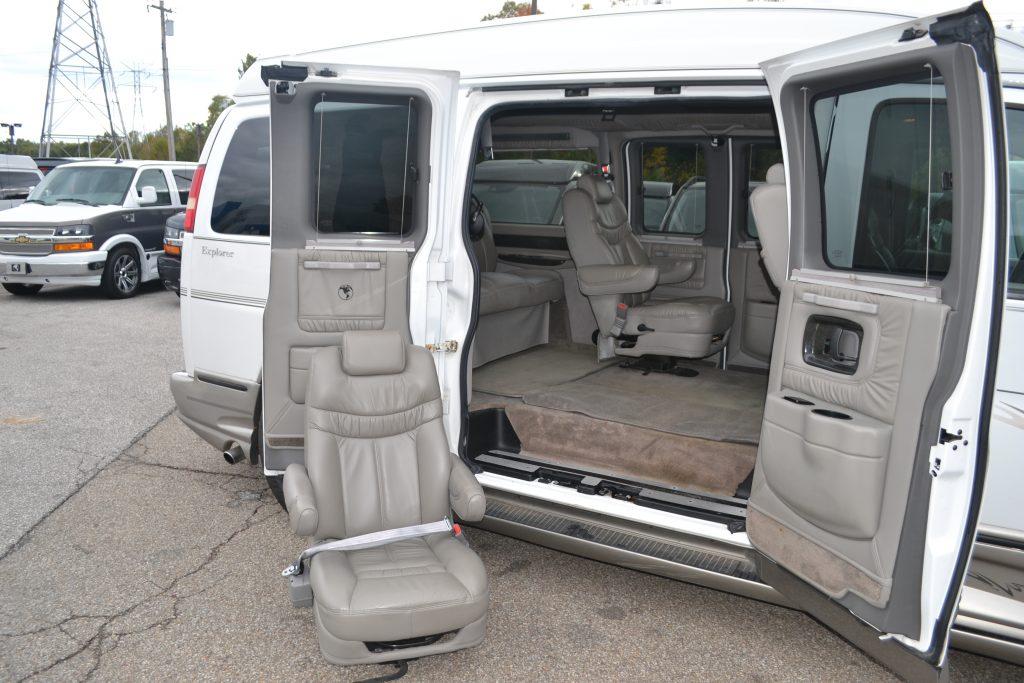 2005 Chevrolet Express Explorer Limited X Se 22 Tv