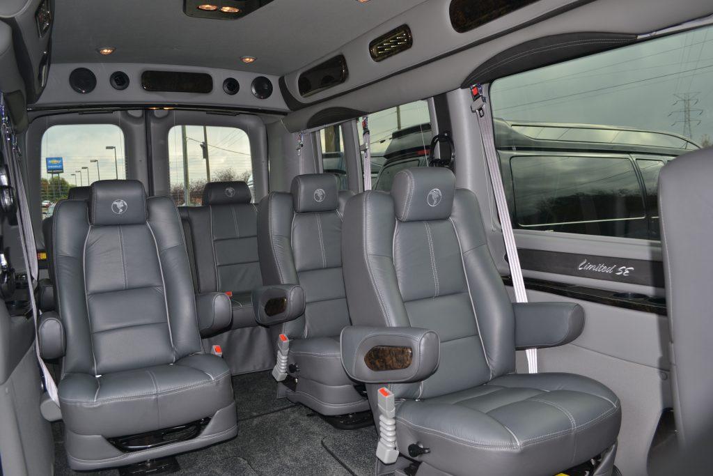 2017 Ford Transit 250 9 Passenger Med Roof Explorer