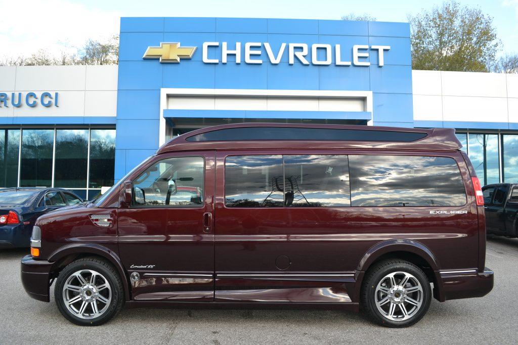 2017 Chevrolet Express Explorer Limited X-SE Red Fade Metallic