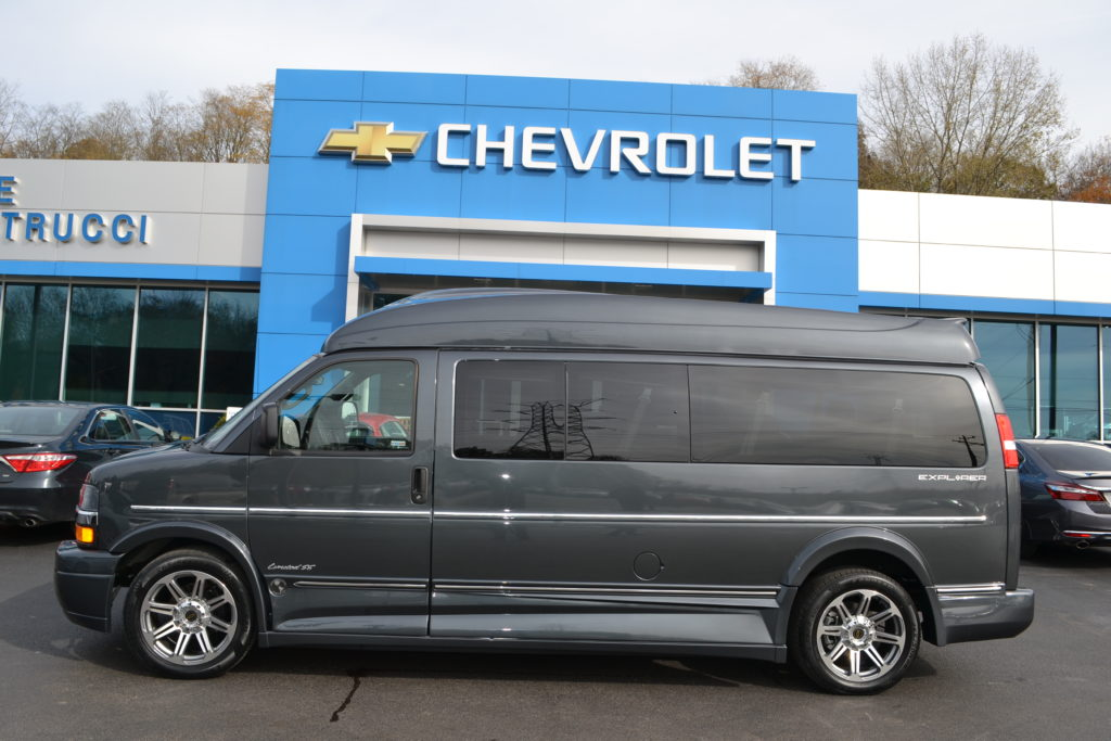2017 Chevrolet Express Explorer Limited SE 9 Passenger Graphite Metallic H1271687 Mike Castrucci Chevrolet Conversion Van Land