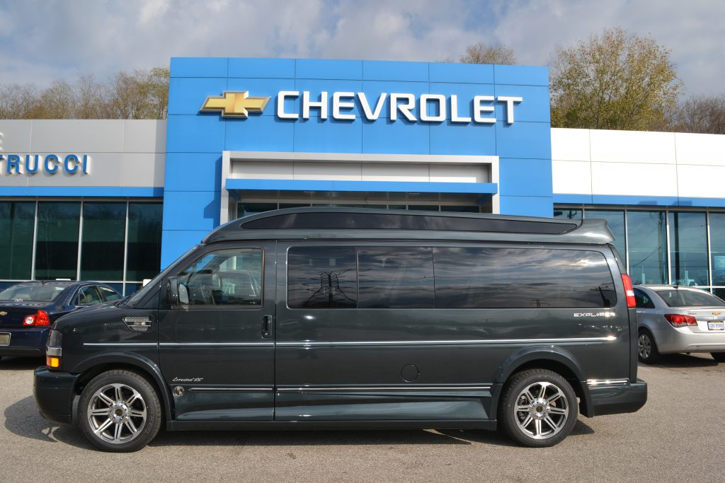 2017 Chevrolet Express Explorer Conversion Van 9 Passenger Hi top Graphite Metallic