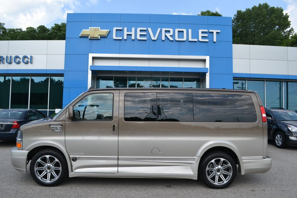 Exterior 2016 Chevrolet Express Explorer Van X-SE low-top Brownstone Metallic Fade to Dk. Pearl Conversion Van Land